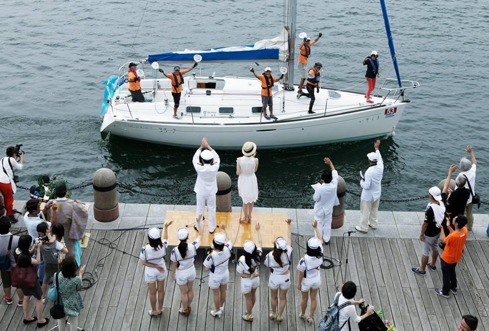 海上パレードお立ち台